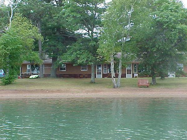 Evergreen lodge on woman lake longville minnesota for Minnesota fishing cabins